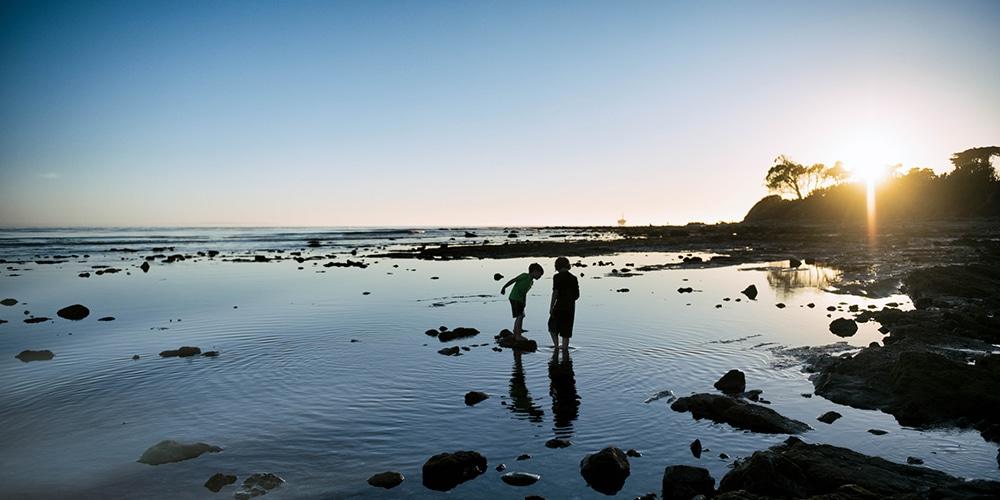 kids playing in rockpool santa barbara california