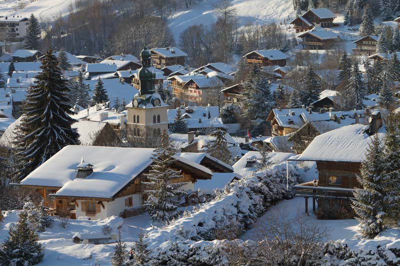 snow-on-roofs-of-buildings-in-megeve-in-france