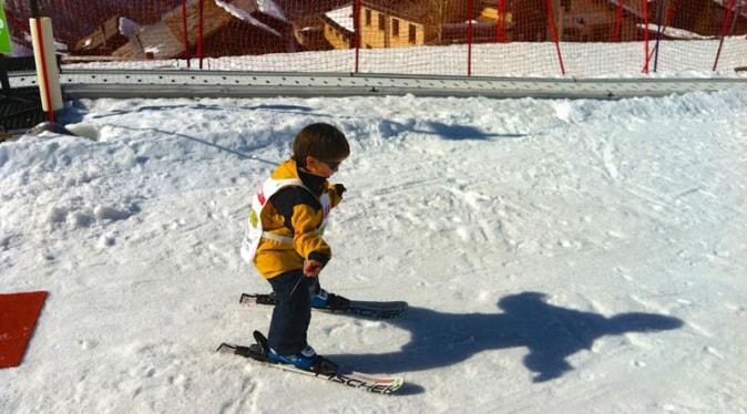 Simon-Reeve-son-Jake-ski-on-snow