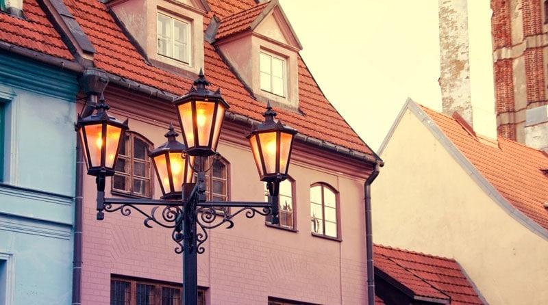 latvia-street-houses