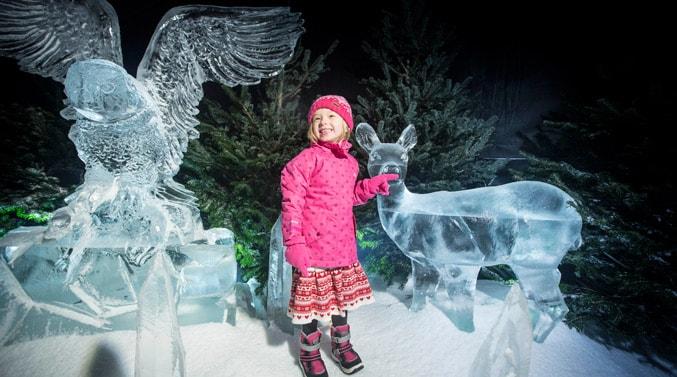 winter-wonderland-little-girl-ice-sculptures