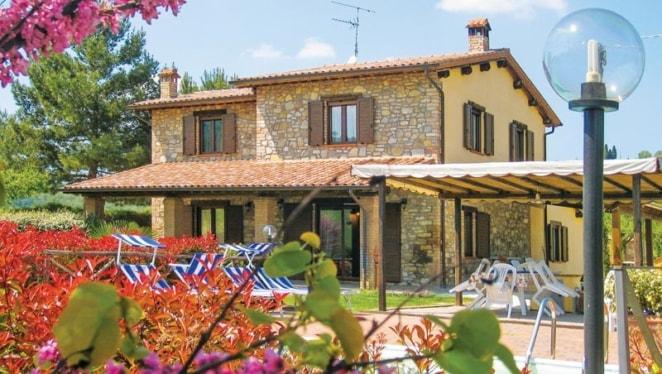 Chiara-Umbria-villa-tuscany