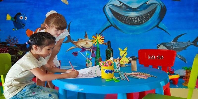 Kids-club-Angsana-resort-maldives