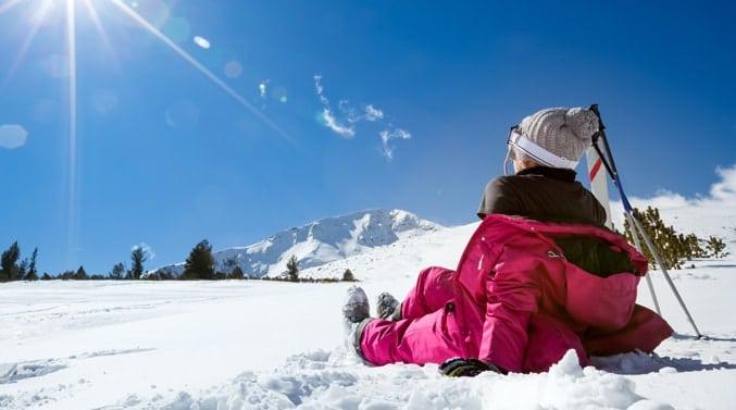 bansko-ski-resort-bulgaria-skiier-on-slopes