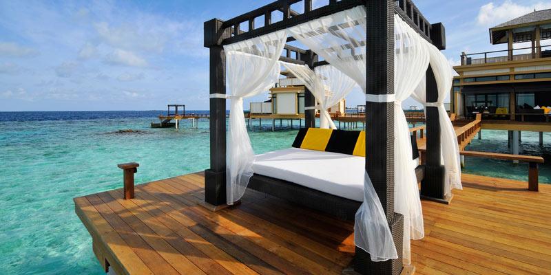 villa-on-stilts-angsana-velavaru-resort-maldives