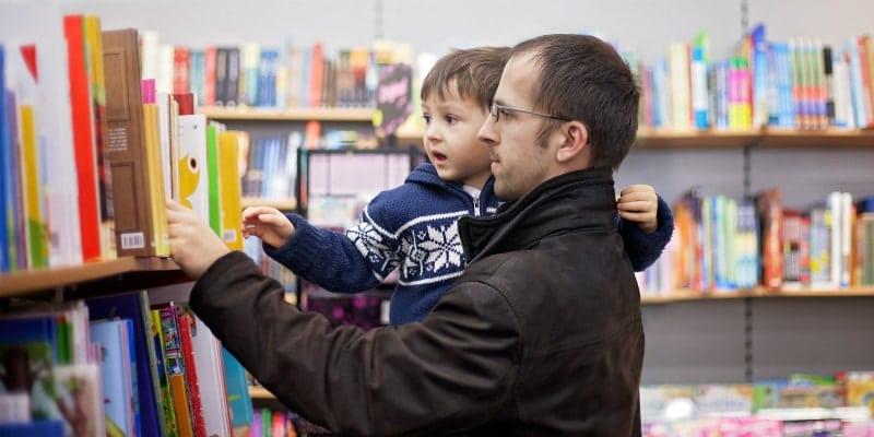 kid picking books