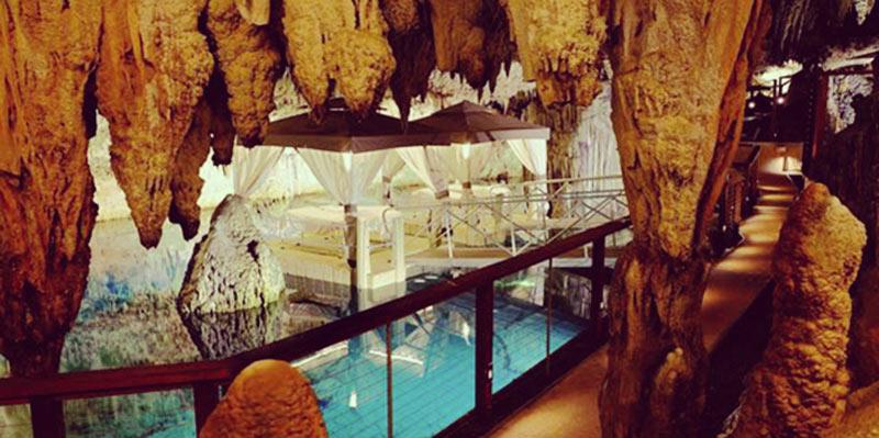 Grotto-Bay-Subterranean-spa-Bermuda