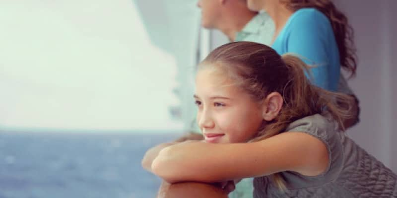 girl-on-cruise-ship-with-parents