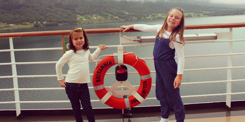 Dent-girls-on-the-cruise-ship