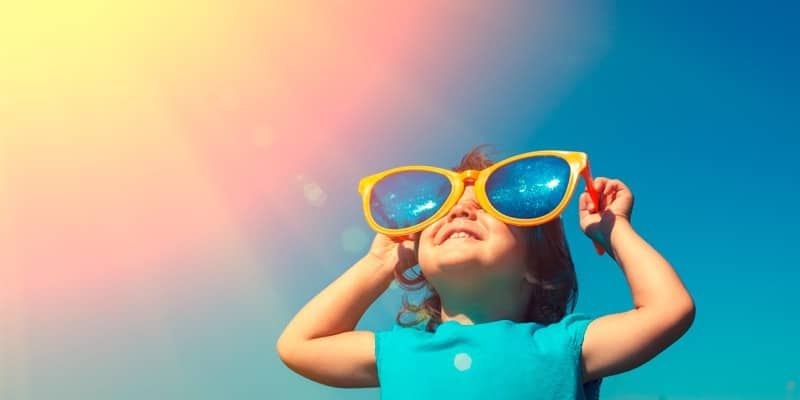 child-with-huge-sunglasses-in-summer