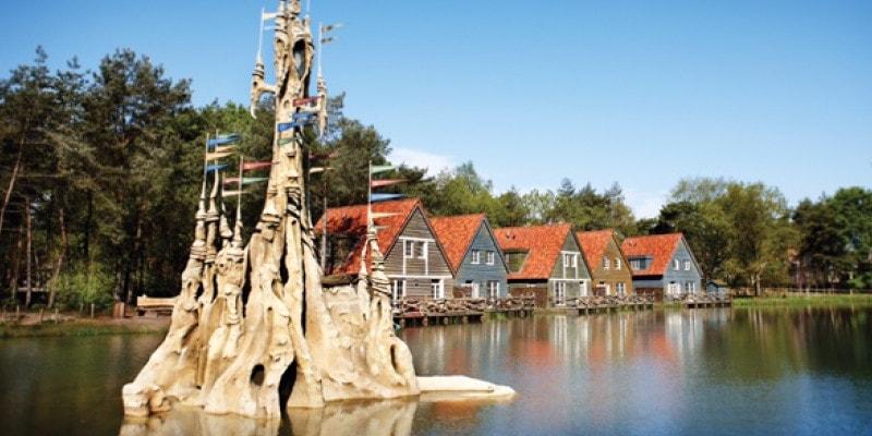 Bosrijk village with lake