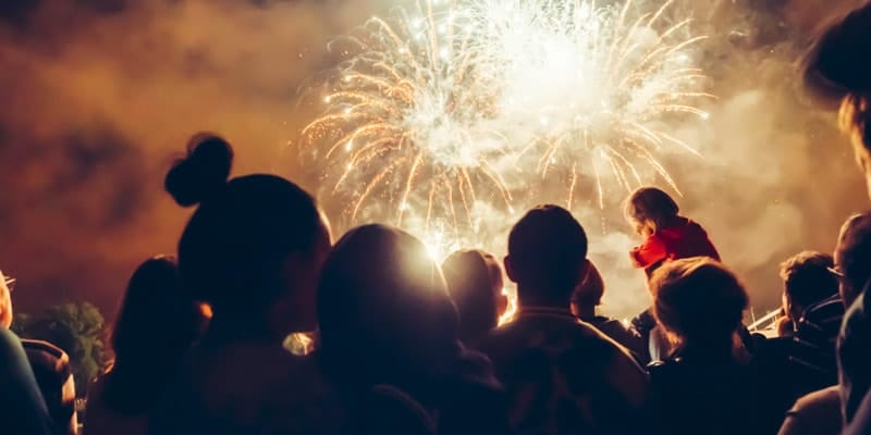 crowd-and-child-watching-fireworks