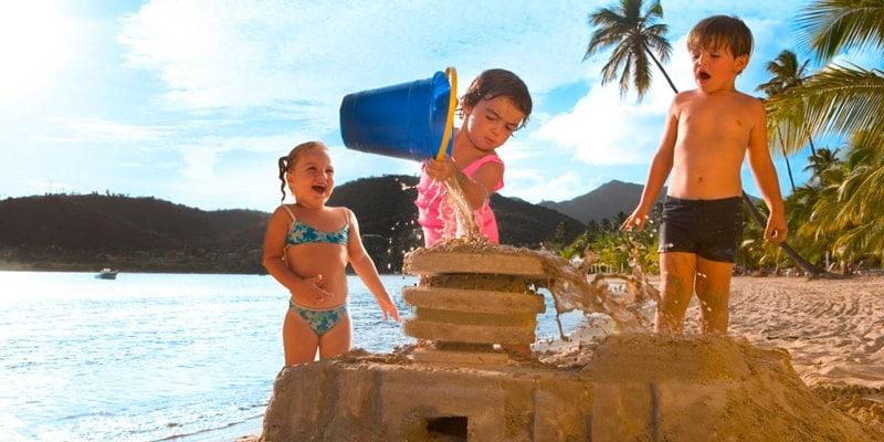 carlilse-bay-children-on-the-beach-1