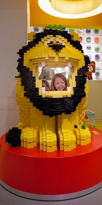 kids-with-lego-in-copenhagen-denmark