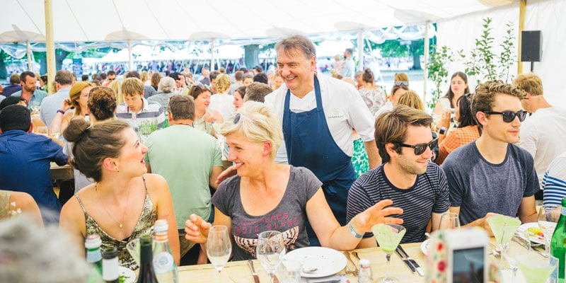 raymond_blanc-and-diners-at-wilderness-festival