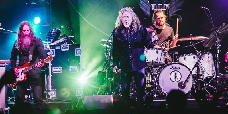 robert_plant-on-stage-a-wilderness-festival