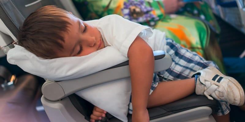 kid-sleeping-on-plan