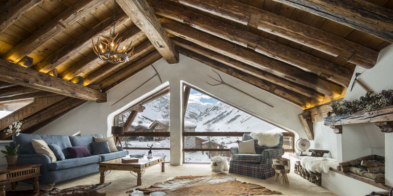 best-ski-lodges-la_bergerie_sitting_room_2