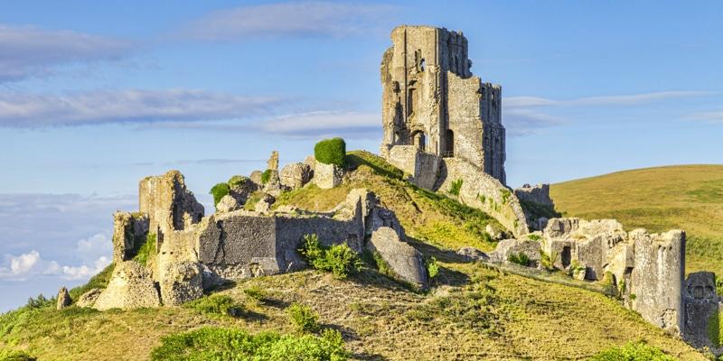 corfe-castle-ruins-in-purbeck-dorset