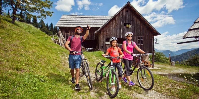 April_Slovenia-Tourism-Family-Biking