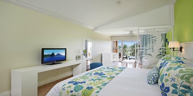 Coconut Bay Beach Resort & Spa - Splash Premium Ocean Room