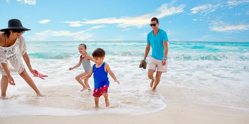 Hard-Rock-play-family-friendly-on-Riviera-Maya