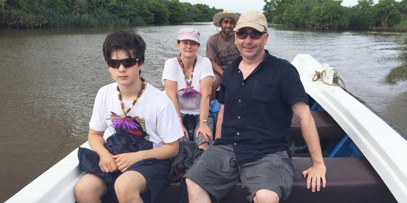 sri-lanka-Boat-trip-down-Kapu-Ella
