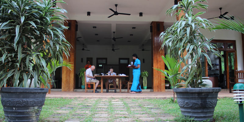 sri-lanka-Breakfast-at-Jim's-Farm-Villas