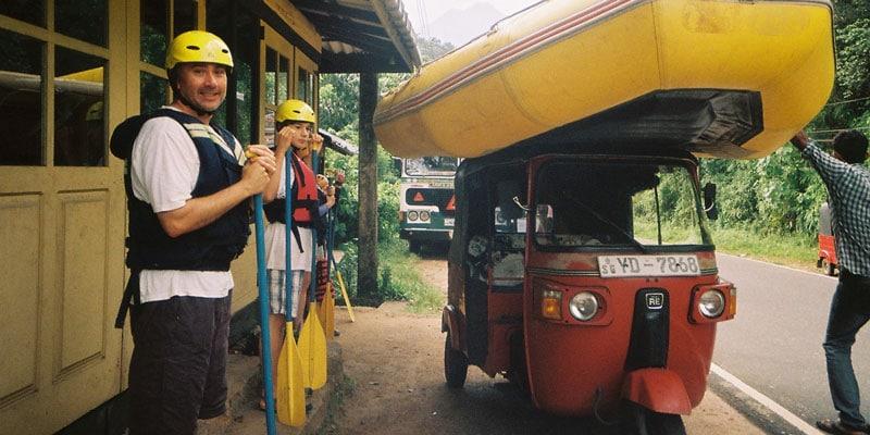 sri-lanka-Getting-a-raft-from-a-to-b---Sri-Lanka-style