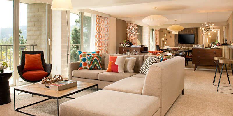 7_James-Suite_Living-Room