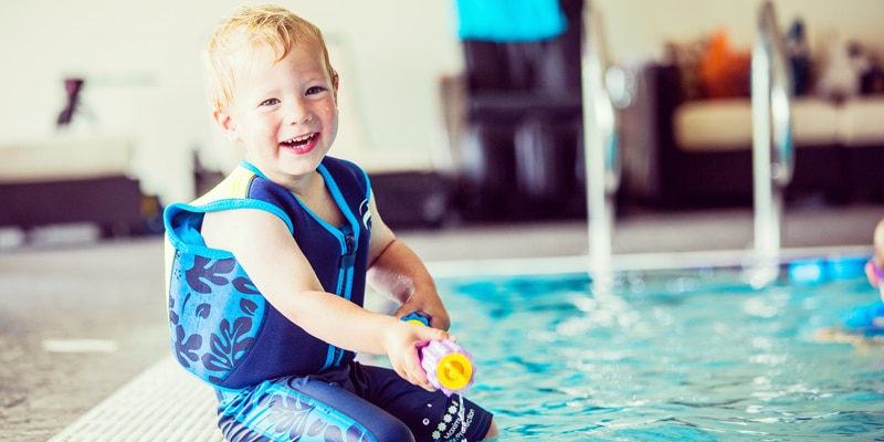 Boy-on-edge-of-pool