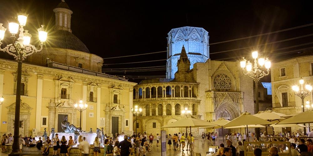 Plaza de la Virgen Valencia Spain