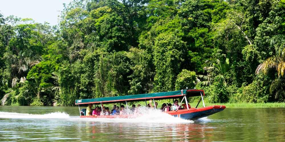 boat ride costa rica experiences