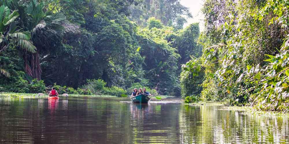 kayaking Costa Rica water adventures