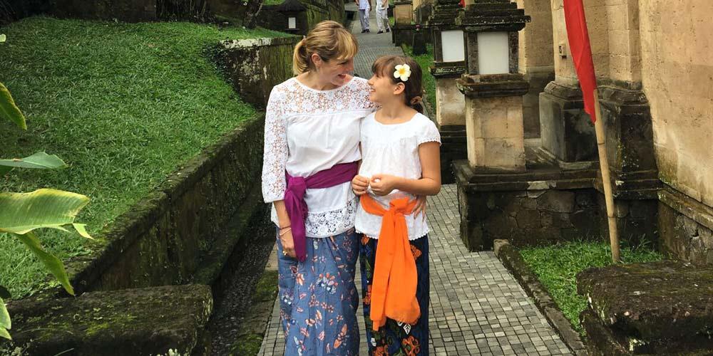 Juliet Kinsman and daughter - Bali's alternative Green School