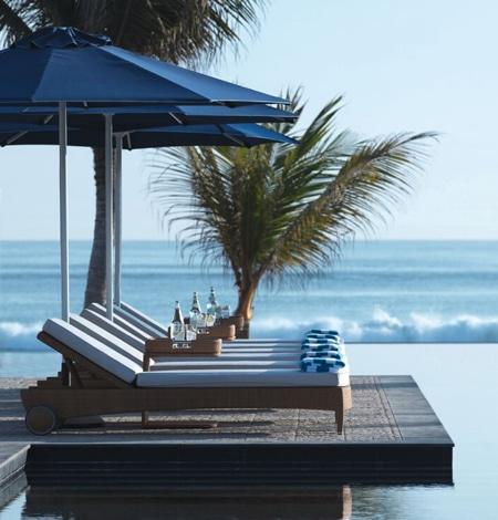 Al Baleed Resort Salalah by Anantara sun beds