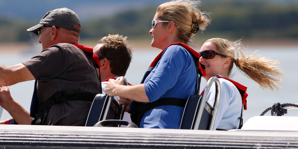 Family powerboating RYA training courses