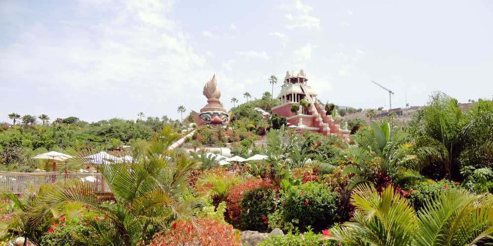 family holiday activities siam park