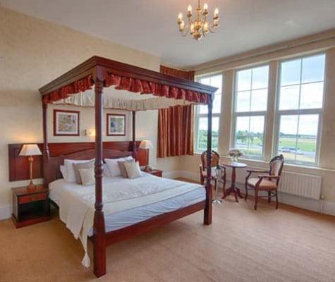 queens hotel portsmouth