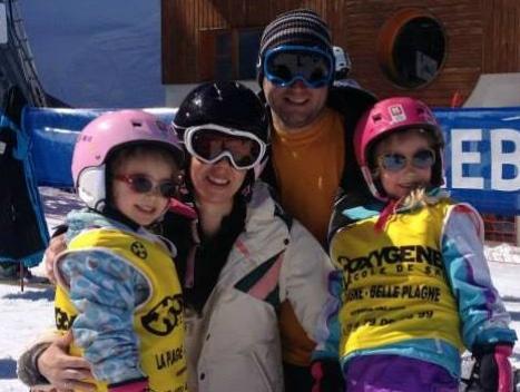 Tips for family skiing, family on the ski slope