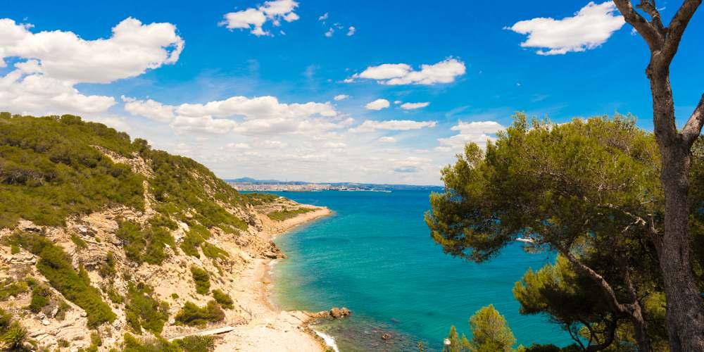 Best family destinations in Spain, beach in Costa Dorada