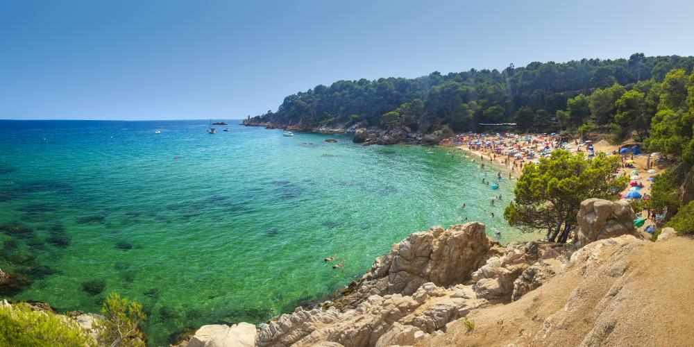 Best family destinations in Spain, beach in Costa Brava