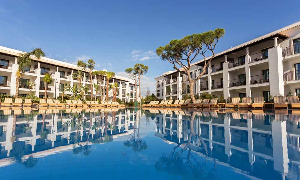 Pine Cliffs Resort Gardens
