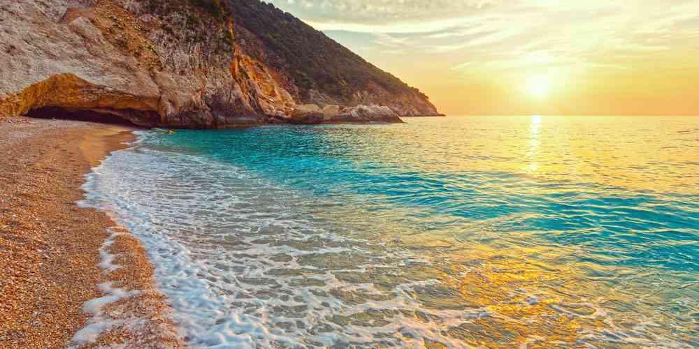 Best family friendly beaches in Greece Kefalonia