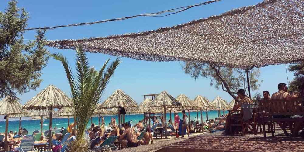 Best family friendly beaches in Greece Paros