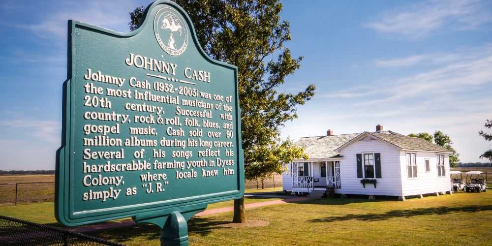 Arkansas family road trip Johnny Cash childhood home Dyess Arkansas